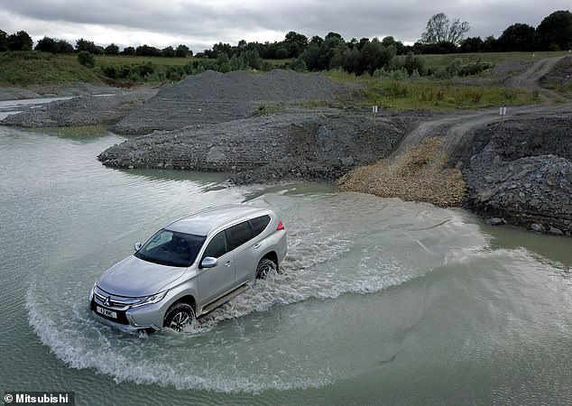 Like the two models pictured above, Mitsubishi's large Shogun Sport can clear waters up to 700mm